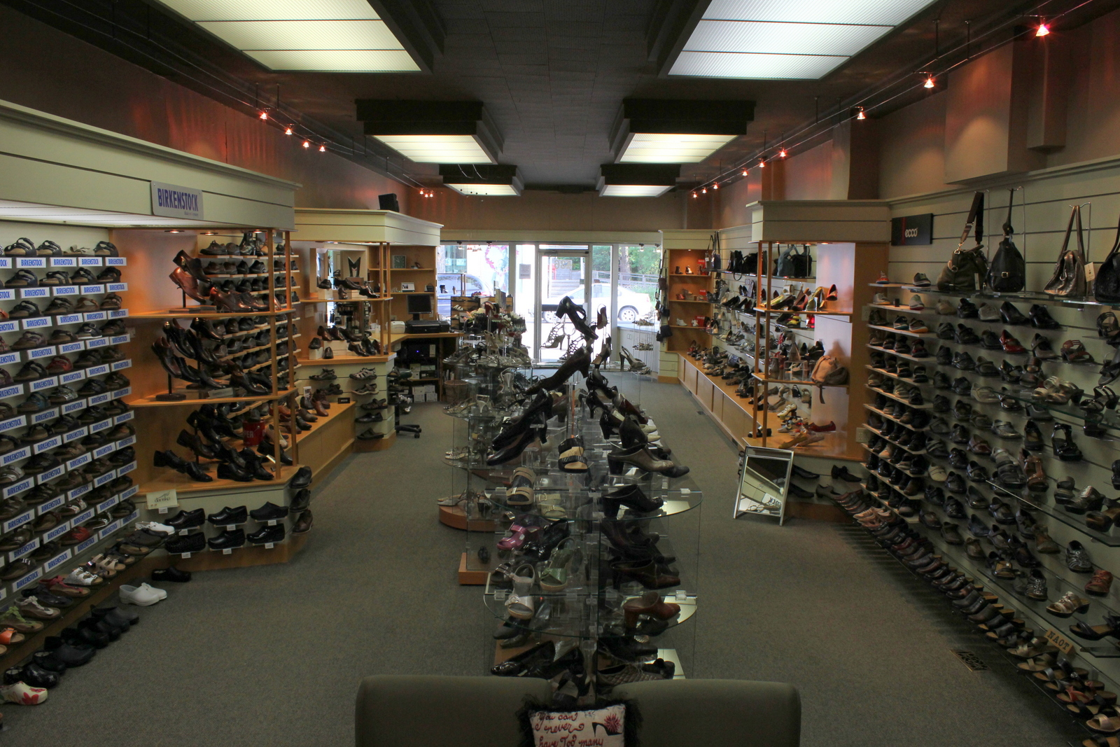 European Shoe Shop (Academy)